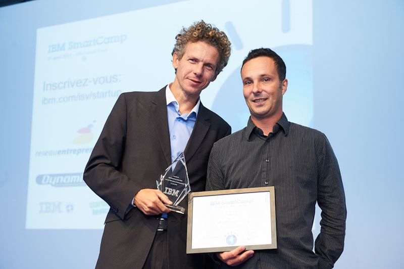 Gilles Babinet and Bruno Walther, founders of Captain Dash, receiving the IBM Smartcamp French Prize in September.